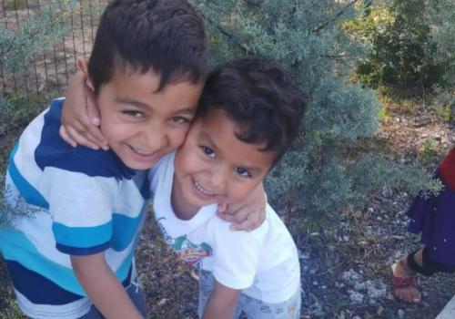 Çekmeköy'de ölü bulunan kardeşlerden geriye bu fotoğraflar kaldı