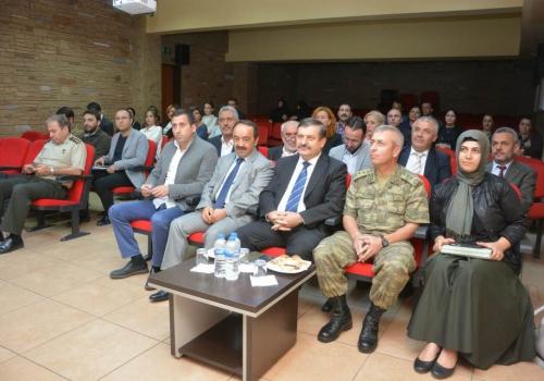 Çekmeköy'ün Merkez Mahallesi'nde Bağımlılıkla Mücadele Komisyonu Çalışmaları Değerlendirildi