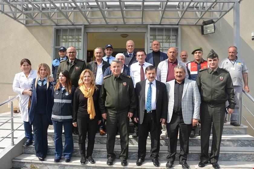 istanbul-il-jandarma-komutani-tuggeneral-hueseyin-kurtoglu-ndan-cekmekoey-kaymakamligi-na-ziyaret