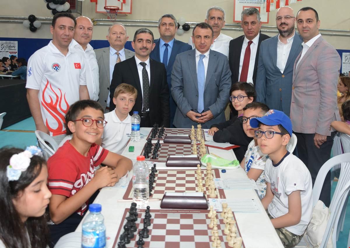 9-cekmekoey-satranc-turnuvasi-na-start-verildi