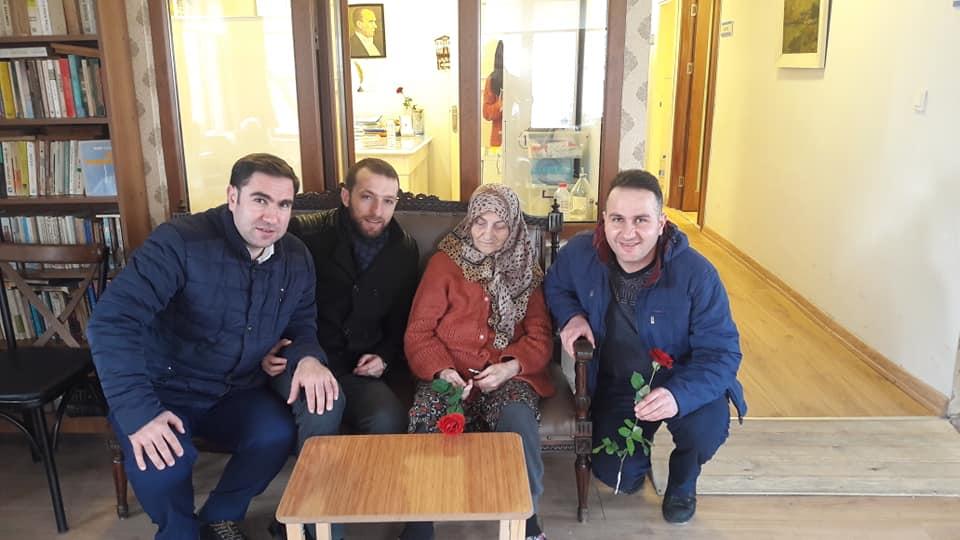 ordulular-dernek-genclerden-huzur-evi-ziyareti